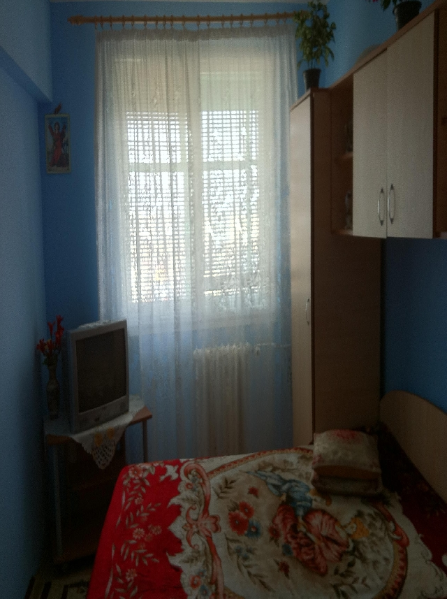 Vanzare apartament 3 camere Vitan - Real