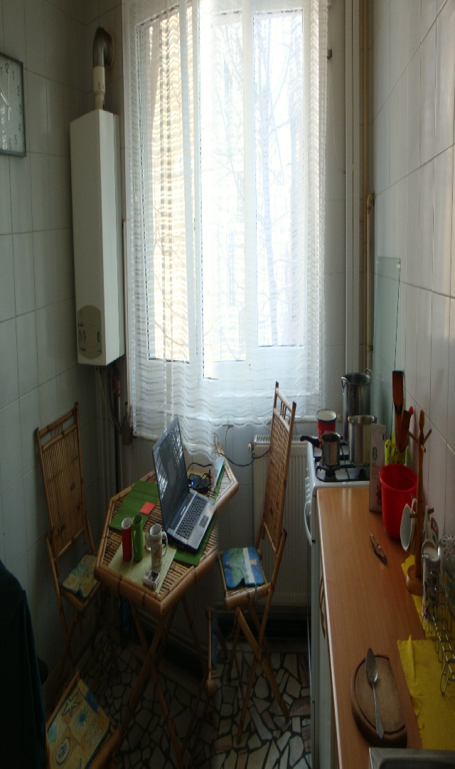 Vanzare apartament 3 camere DRISTOR - Piata Ramnicu Sarat