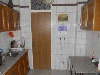 Particular vand apartament 2 camere Moinesti, Militari, metrou Gorjului