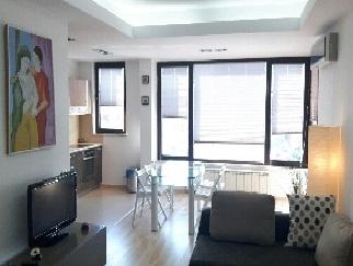 Proprietar inchiriez apartament 2 camere lux Herastrau