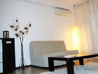 Vanzare apartament 3 camere NERVA TRAIAN  zona Moruzzi