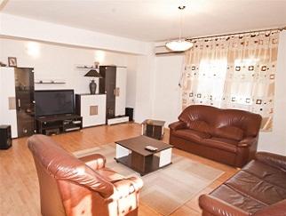 Inchiriere 3 camere in ansamblu rezidential Greenfield Baneasa, direct proprietar