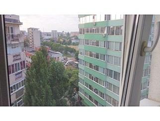 Proprietar dau in chirie apartament 3 camere zona Panduri