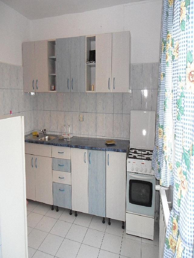 INCHIRIERE apartament 3 camere PANDURI