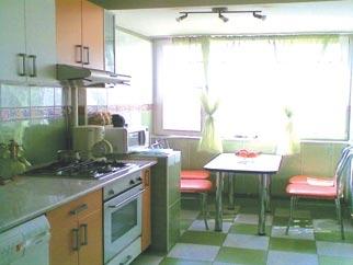 Apartament renovat total de vanzare - CALEA GRIVITEI