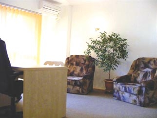 Apartament 2 camere stradal cu parcare de inchiriat STIRBEI VODA (BERZEI)