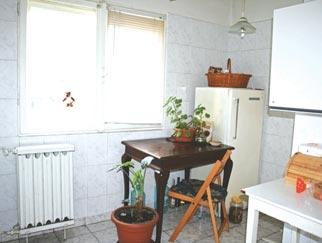 Inchirieri apartamente 3 camere EROII REVOLUTIEI