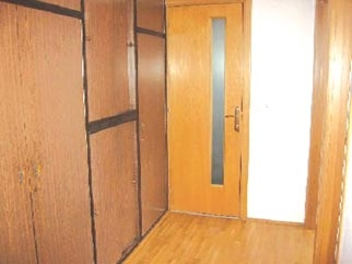 Apartament 3 camere de vanzare PIATA 1 MAI