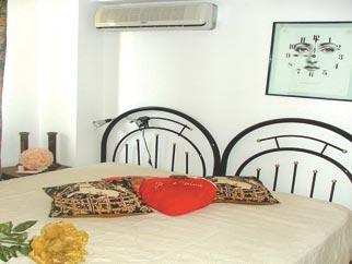 Apartament 3 camere pentru inchiriat PIATA VICTORIEI (GUVERN)