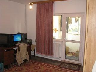 PARTICULAR vand apartament 3 camere Maior Vasile Bacila, Colentina