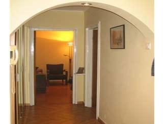 Inchiriere apartament de 2 camere OBOR zona Kaufland Colentina
