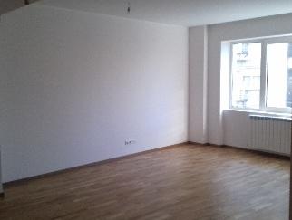 Apartament nemobilat la PRIMA INCHIRIERE, ultracentral Bucuresti