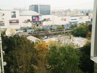 Proprietar vand apartament 2 camere Plazza Romania
