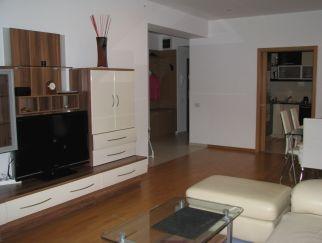 Inchiriere apartament 3 camere BANEASA - Straulesti