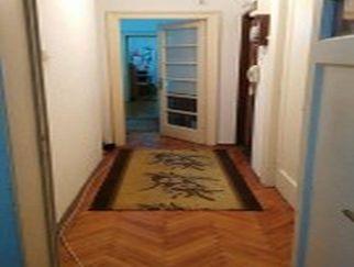 Particular vand apartament 2 camere zona Armeneasca