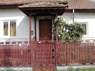 Proprietar vand casa Comuna Bujoreni, Sat Olteni, Valcea