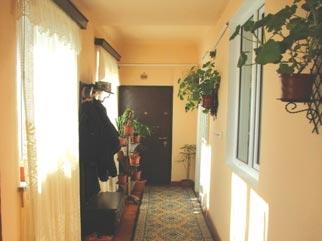 Vanzare casa 3 camere cu toate utilitatile CRANGASI (LACUL MORII)