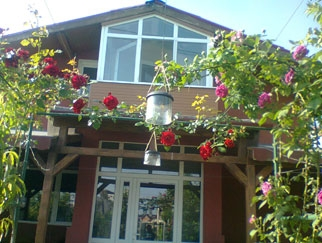 Proprietar vand casa situata in sat Rosu (Chiajna)