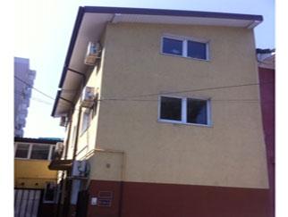 Particular inchiriez casa Titulescu zona Banu Manta