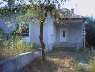 Proprietar vand casa in comuna Fauresti judetul Valcea