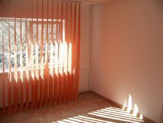 Inchiriere apartament 2 camere DECEBAL (adiacent)