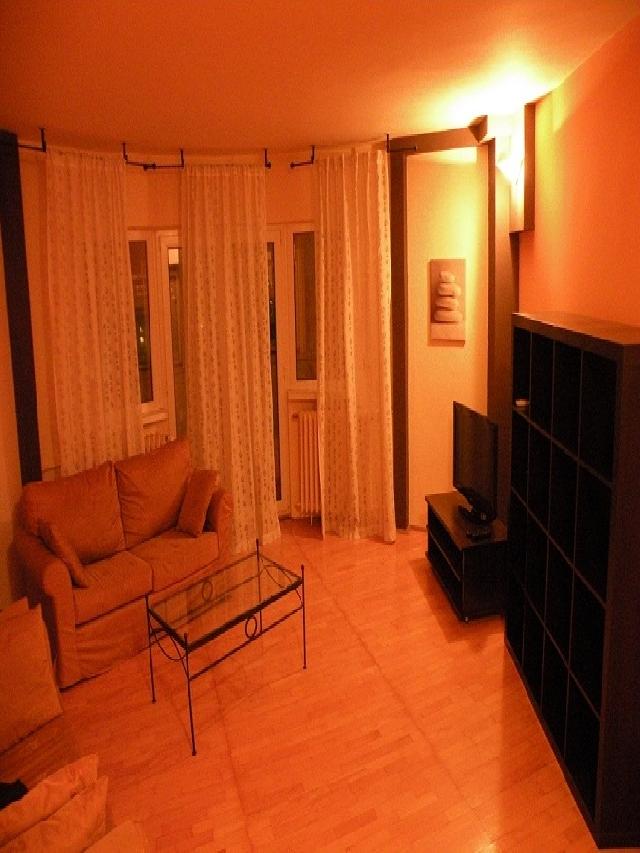 Apartament 2 camere de inchiriat Metrou Piata MUNCII - Decebal, Calarasi