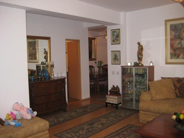 Inchiriere apartament 3 camere Pipera - Rezidential Domus