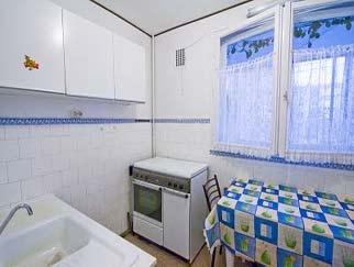 INCHIRIERE apartament TITAN (Parc IOR) 3 camere