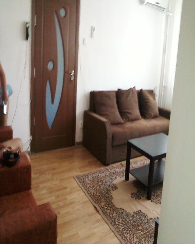 Inchiriere apartament 3 camere CRANGASI - Metrou