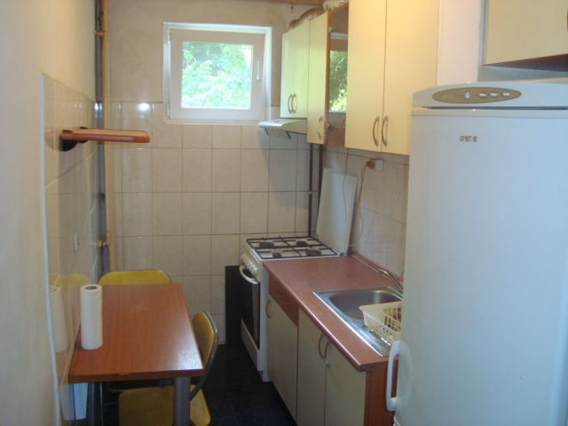 Apartament 4 camere de Inchiriat DRUMUL Taberei - Bucla