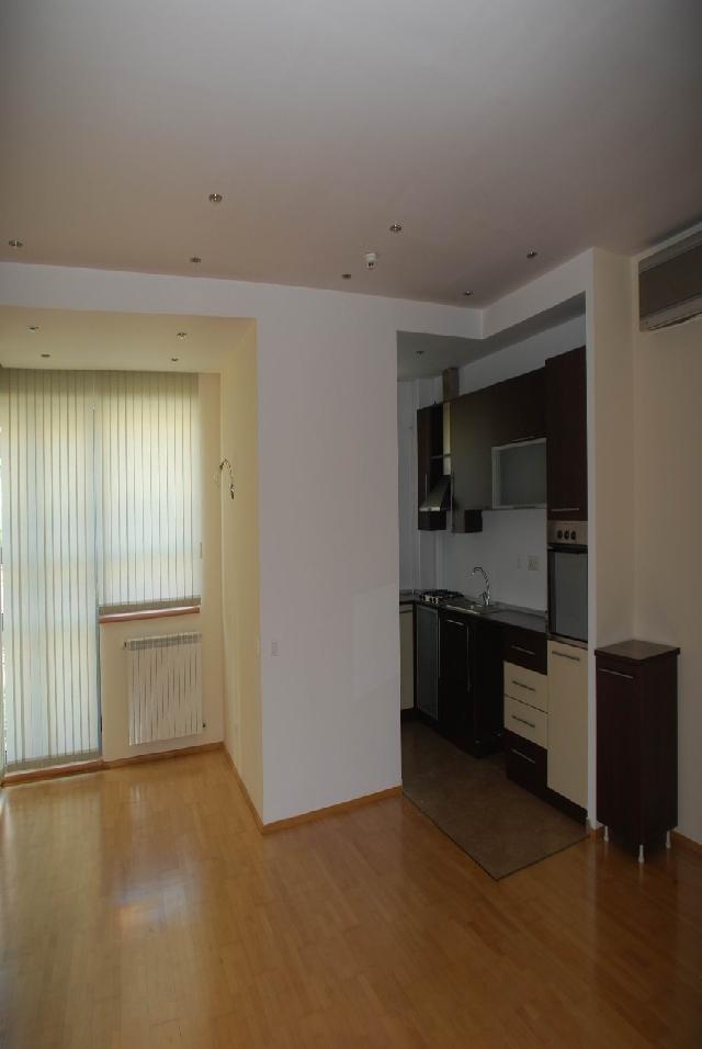 Inchiriere apartament 4 camere HERASTRAU