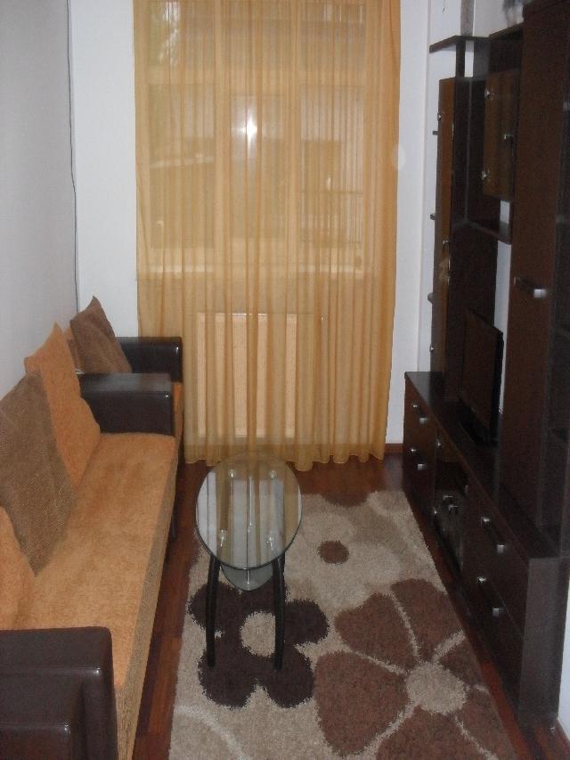Inchiriez apartament 2 camere TITAN - Metrou 1 Decembrie