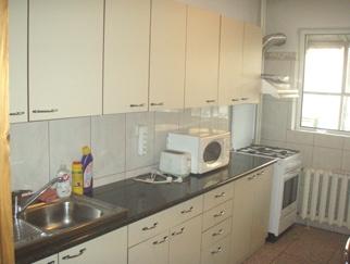STEFAN CEL MARE - POLONA apartament 3 camere de inchiriat