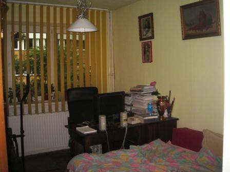 Vanzare apartament 2 camere MILITARI - Piata Gorjului