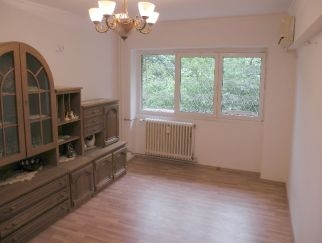Vanzare apartament 3 camere COLENTINA - Doamna Ghica