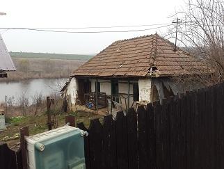 Vanzare teren Moara Vlasiei, cu casa batraneasca, direct proprietar